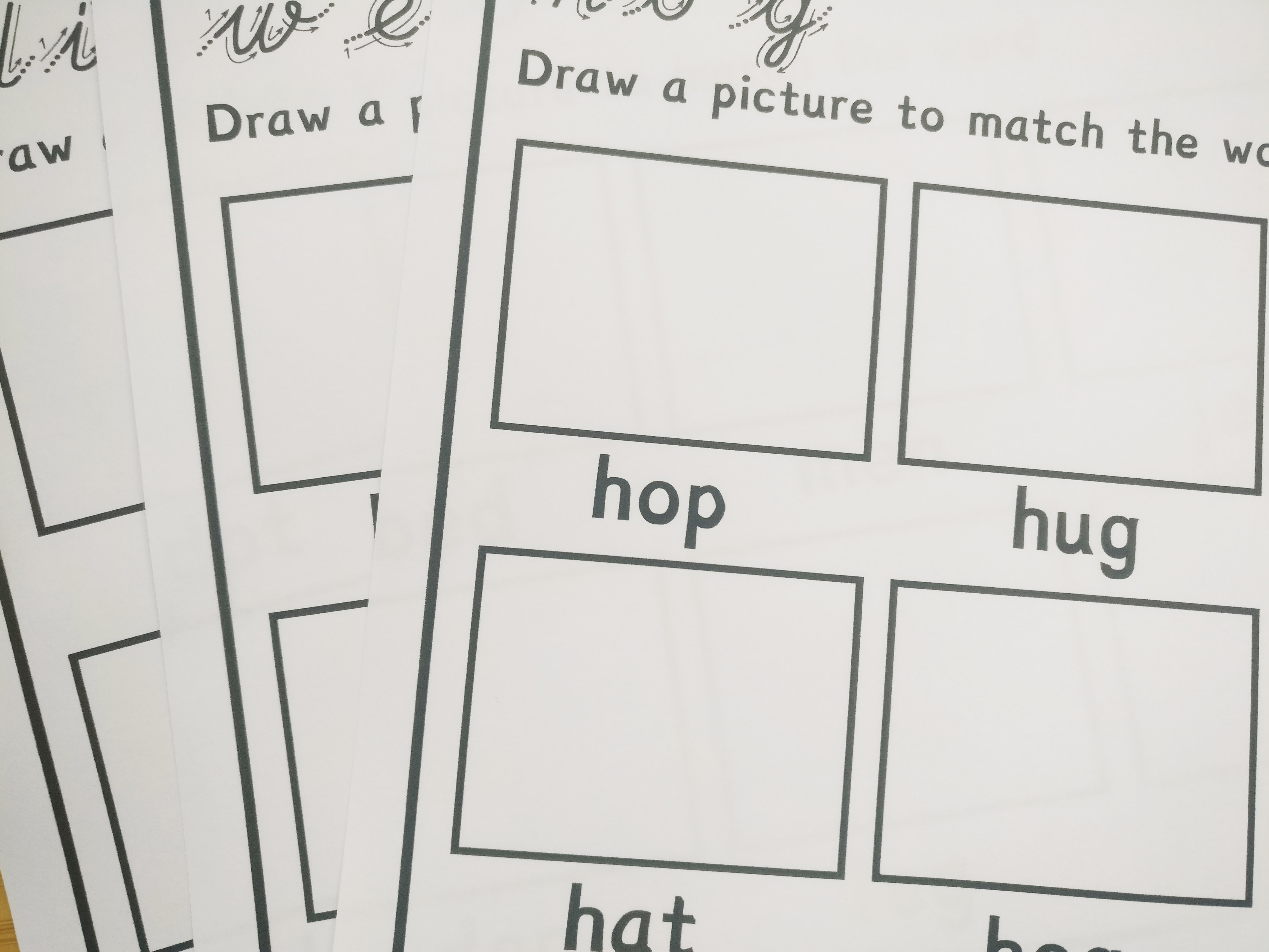 Simple CVC Letter Sounds with Handwriting and Drawing